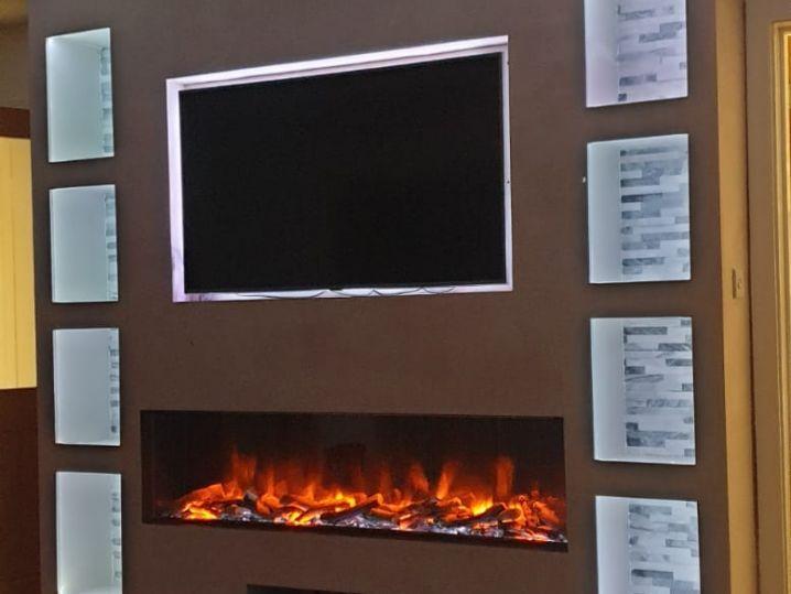TV Recess With Illuminated Alcoves